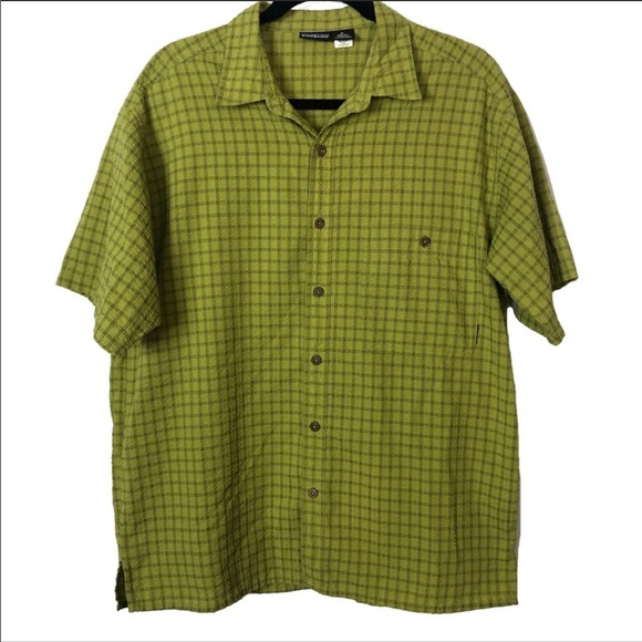 Patagonia Other - Patagonia Green Plaid Seersucker Button Down Med